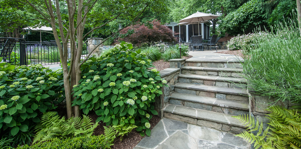landscaping walkway design